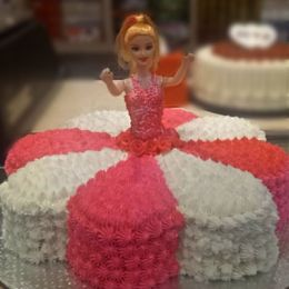 Barbie_Cake_2kgs