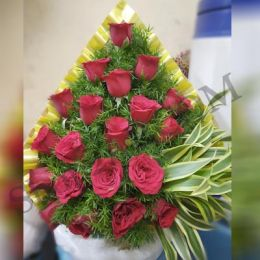 Shining_Red Roses_Basket